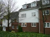2 bed Flat in Little Park, Durgates...