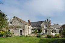 6 bedroom Detached home in Queen Camel, Somerset...