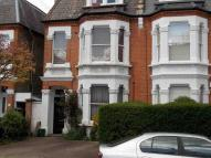 2 bedroom Flat to rent in Beverley Rd, SW13: 2 bed