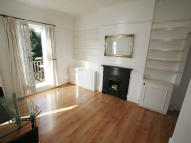 2 bedroom Flat in Cromford road...