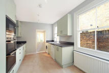3 bed Terraced property to rent in Lambton Rd...