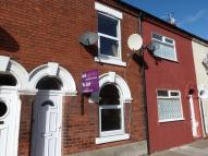 2 bed property to rent in Jackson Street, Goole