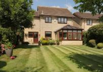 Detached house in Waterside Gardens...