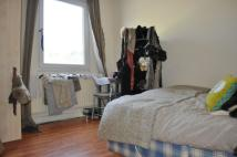 2 bed Flat to rent in Hackney Road, Shoreditch...