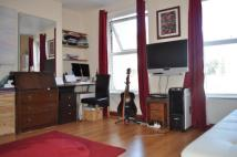 Great Eastern Street Flat to rent