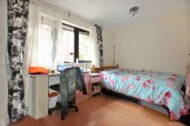 Flat to rent in Epworth House...