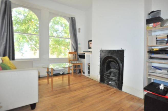 bedroom flat to rent in lauriston road victoria park london fields