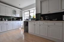 4 bed Flat to rent in Gascoigne Place...