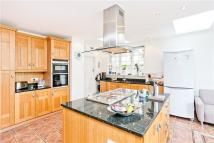 5 bedroom home in Conway Road, Wimbledon...