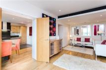 3 bedroom Flat in Putney Wharf...