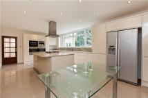 6 bed home to rent in Corscombe Close...