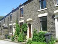 2 bedroom Terraced property in Slackcote Lane, Delph...