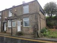 2 bedroom End of Terrace house in Stockport Road, Mossley...