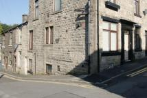Apartment to rent in Lee Street, Uppermill...