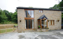2 bedroom Detached property for sale in LANE BOTTOM, Rochdale...