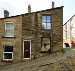 End of Terrace house to rent in ROMAN STREET, Mossley...