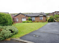 Bungalow to rent in SLADES VIEW CLOSE...