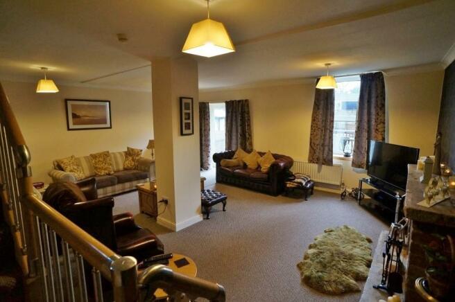 5 Bedroom Detached House For Sale In Bell Lane Ackworth