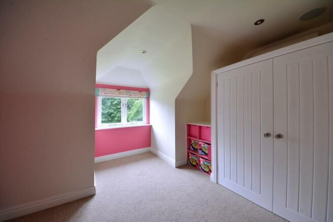 Dressing room / bedroom six