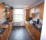 1 bed house to rent in Summerland Street...