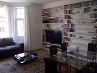 Apartment to rent in Beaufort Mansions, London