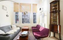 1 bedroom Flat in Ladbroke Grove, London...