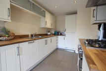 SPRING LODGE GARDENS Detached house for sale