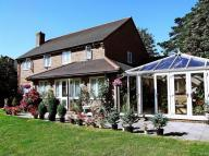 5 bed Detached property for sale in 21 Upper Woodcote...