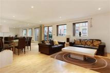 3 bed Flat in Cavendish House...