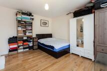 Studio apartment in 92-95 Wilton Road...