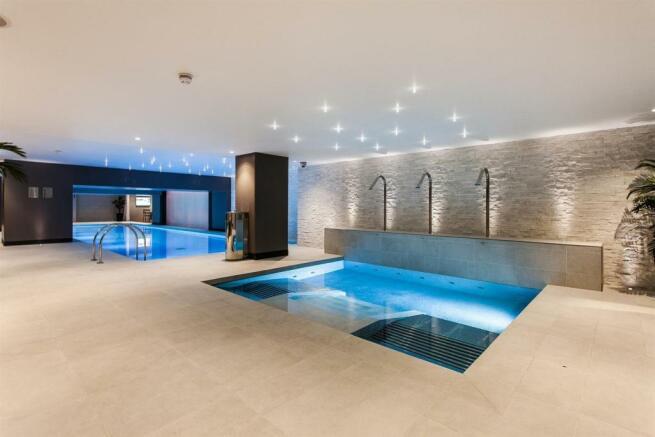 Swiming pool.jpg