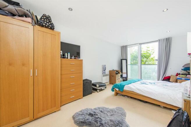 Master Bedroom (1).jpg