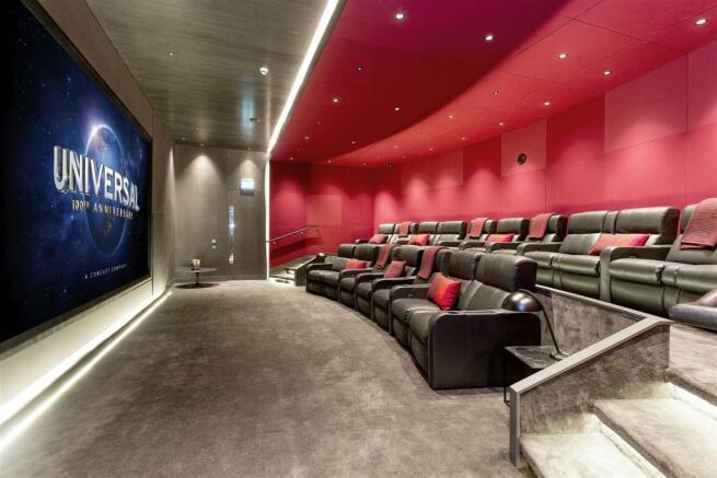 Cinema (1).jpg