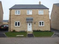 Detached house in Linnet Way...
