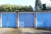 Garage in Durrell Close, Linslade