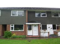 Maisonette to rent in Home Farm Close, Tadworth