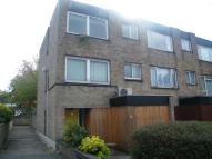 4 bedroom End of Terrace house in Turnpike Link, Croydon...