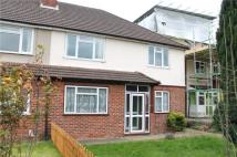 2 bed Maisonette to rent in Stoneleigh Park Road...