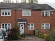 Town House to rent in South Street North...