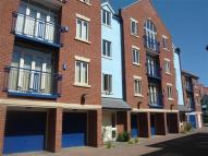 2 bed Apartment in Watermans Yard...