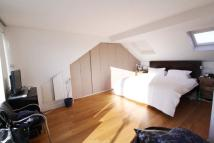 Flat to rent in Peploe Road, Queens Park