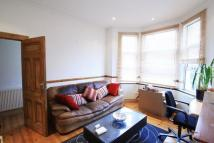 Flat to rent in Furness Road...