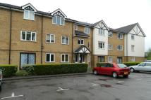 1 bedroom Studio flat in Raven Close, London, NW9