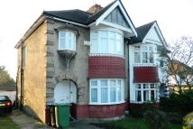 semi detached house to rent in Buck Lane, London, NW9