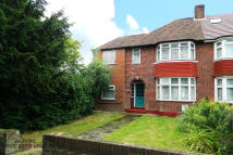 5 bedroom semi detached property in Sheaveshill Avenue...
