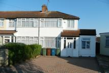 3 bed semi detached house for sale in Gainsborough Gardens...