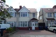 5 bed semi detached house in Hillfield Avenue, London...