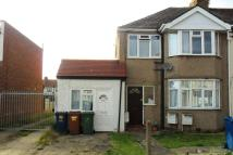 Ground Maisonette in Ruskin Gardens, Kenton...