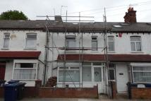 3 bed Flat to rent in Annesley Avenue, London...