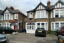 2 bed Maisonette in COLINDEEP LANE, London...